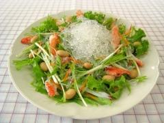プチプチとカニかま・蒸し大豆のサラダ