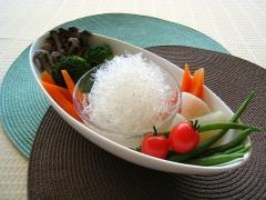 プチプチと温野菜のホットサラダ
