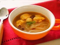 カリフラワーとマロニーの中華スープ