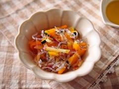千切り野菜のプチプチサラダ