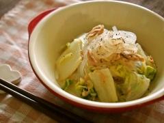 生マロニーと白菜のコンソメ煮