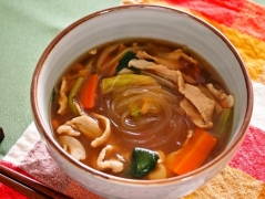 【NEW】生姜でほっこり具沢山マロニースープ
