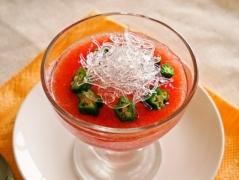 トマトとオクラのプチプチ冷製スープ