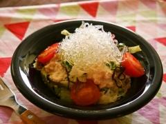 塩昆布と崩し豆腐のプチプチサラダ