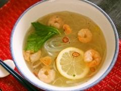 マロニーでベトナム風スープ