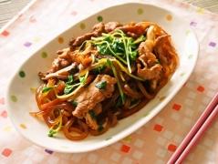 豚肉と竹の子と豆苗のマロニー炒め風
