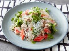プチプチ海藻麺のタイ風サラダ